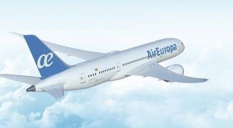 יותר מקום לרגליים: אייר אירופה מכניסה את מטוס הדרימליינר בטיסות מישראל למדריד