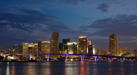 """תחרות בטיסות לארה""""ב: אל על תשיק טיסה ישירה למיאמי"""