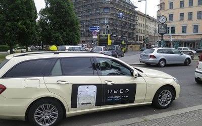רשות התחבורה של לונדון אוסרת על אובר להמשיך לפעול בעיר. הלונדונים מוחים