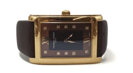שעונים מזהב לנשים: שלב אחרי שלב לבחירת השעונים בדגמים המובילים