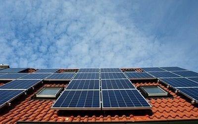 מערכת סולארית על הגג: בקרוב אפשר יהיה למכור חשמל לחברת החשמל ולהרוויח מהתקנת פאנלים
