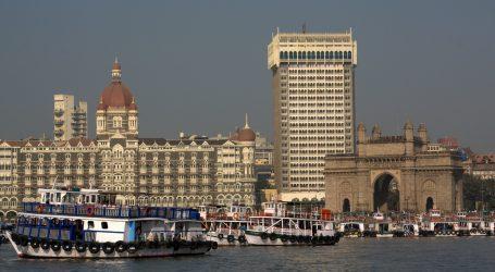 מחירי הטיסות להודו: כך הפכה אל על למונופול והפכה את מומבאי ליעד הכי יקר שלה, תוך פגיעה באנשי התעשיות הביטחוניות
