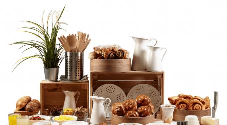 """ארוחת בוקר באיקאה? רשת הריהוט משיקה בופה בוקר """"אכול כפי יכולתך"""""""