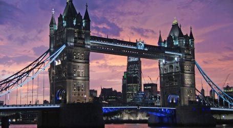 טיסות ללונדון, מלון בניו יורק? אתר Booking.com חושף איפה בילינו בפסח