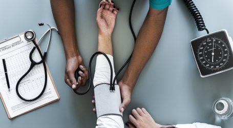 קבלת חומר רפואי מהתיק האישי שלכם תעלה לכם 111 שקל. שימו לב מי מתנגד להפחתת הסכום