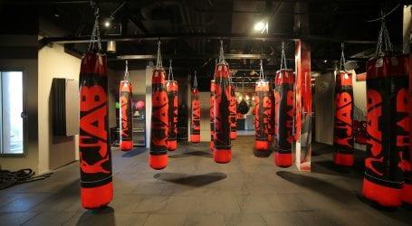 הטרנד הבא? מועדון JAB מציע אימון עם כפפות איגרוף שמודדות כל תנועה שלכם