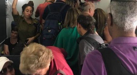 """הצפיפות ברכבת: תושבי הצפון מגייסים תרומות כדי להגיש בג""""ץ שיפסיק את הקיפוח"""