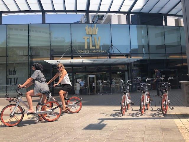 האופניים השיתופיים של MOBIKE בקניון TLV תל אביב
