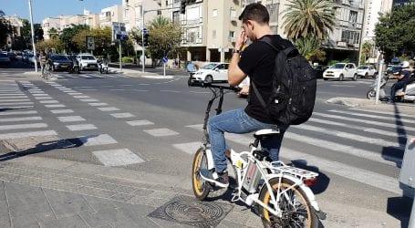 כללי האופניים החשמליים: בקרוב חובת חבישת קסדה גם מעל גיל 18