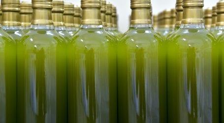 סוף להטעיית הצרכנים: ארץ הייצור של שמן הזית תסומן על כל בקבוק