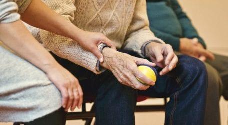 עוקץ הקשישים: 15 נעצרו בגין 150 תלונות על ביטוח פיקטיבי למוצרי חשמל ועוד