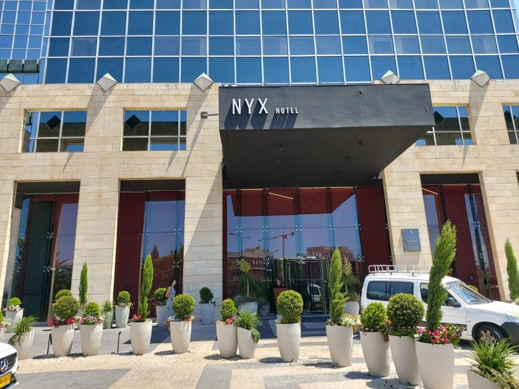 מלון NYX