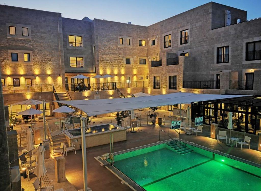 מלון אדמונד