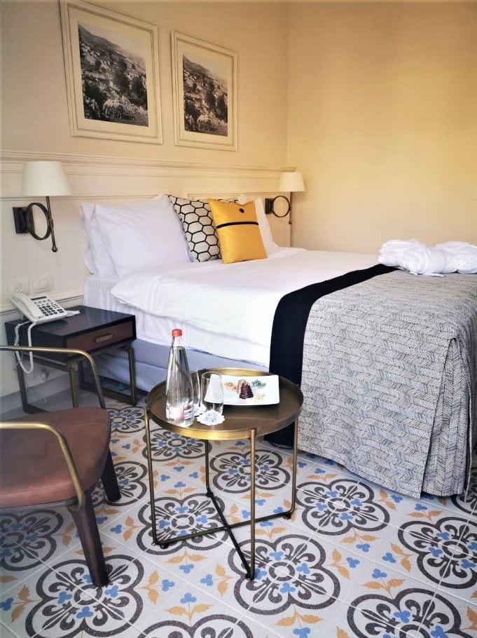 חדר במלון אדמונד