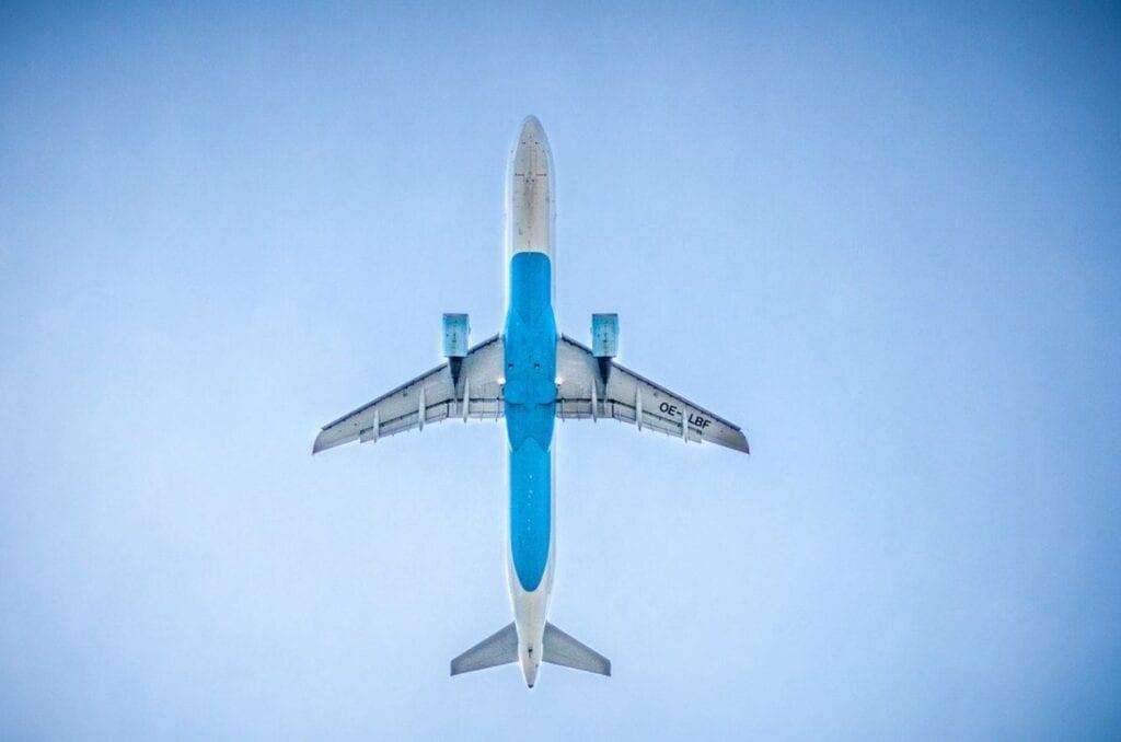 ביטול טיסה בגלל הקורונה