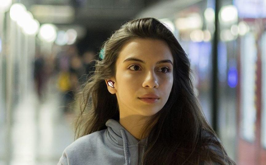 אוזניות באדס לייב - עיצוב שלא יוצא מהאוזן