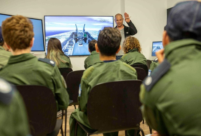 תחקיר בקורס טיסת קרבית בטייסת