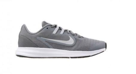 נעלי נייקי בהנחה: נעלי ריצה לנשים במחיר מפתיע