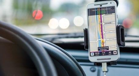 איך לבחור מעמד לטלפון לרכב?