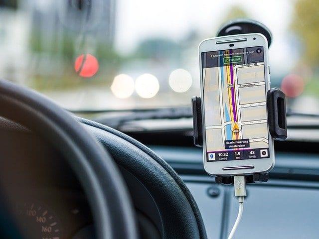 טלפון ברכב