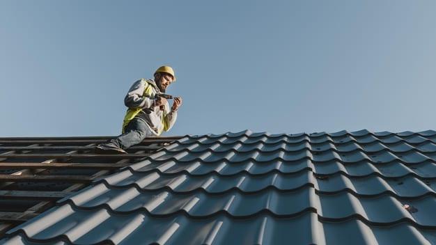 חומר איטם לגג