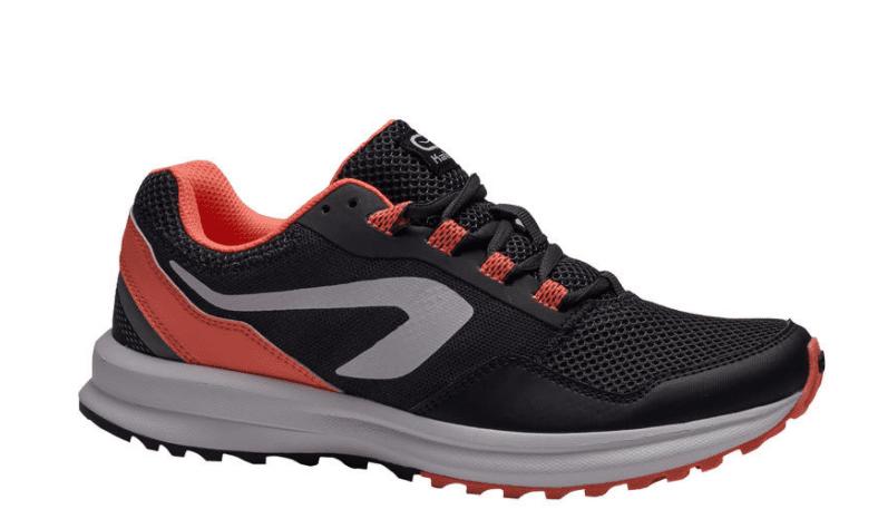 נעלי ריצה דקטלון בטרמינל X ובאתר DECATHLON במחיר זהה