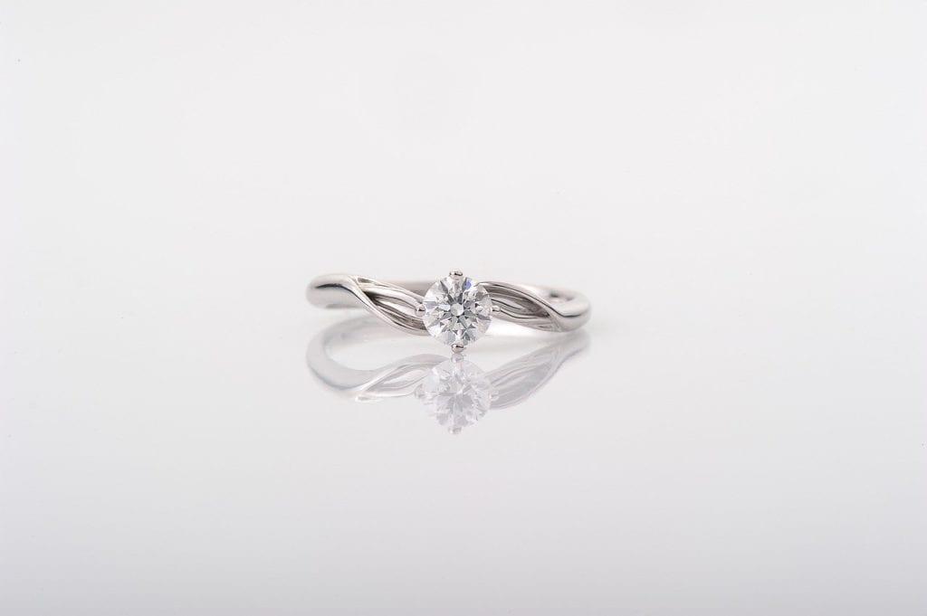 איך להבדיל בין טבעת יהלום