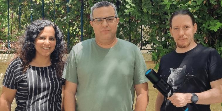 טריפל: דפנה הראל כפיר, צחי הופמן וניב ליליאן