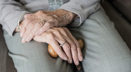 """קצבת השלמת הכנסה לגמלאים תעלה. ליברמן: """"לא יהיו קשישים מתחת לקו העוני"""""""