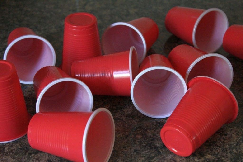 מס על כלי פלסטיק