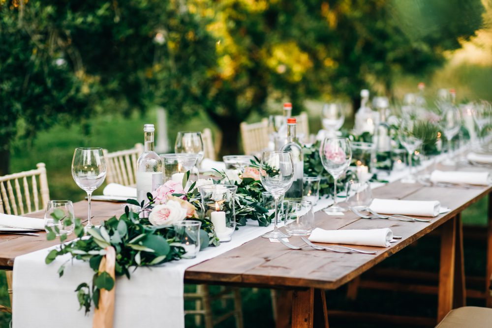 שולחן חגיגי