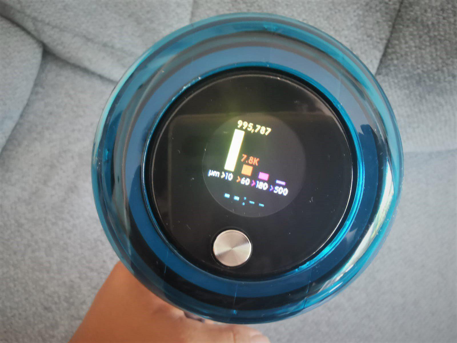 דייסון V15 אבסולוט - מד אבק בצג צבעוני