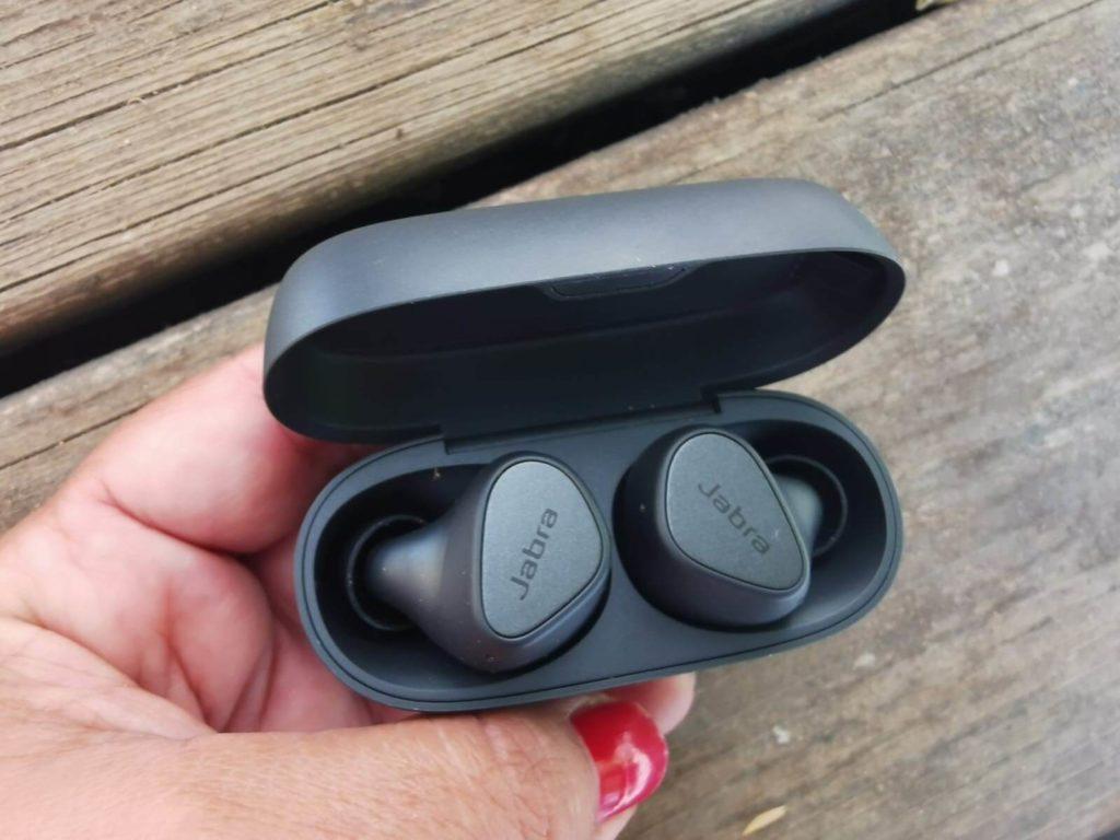 אוזניות in ear זולות ג'ברה ELITE 3